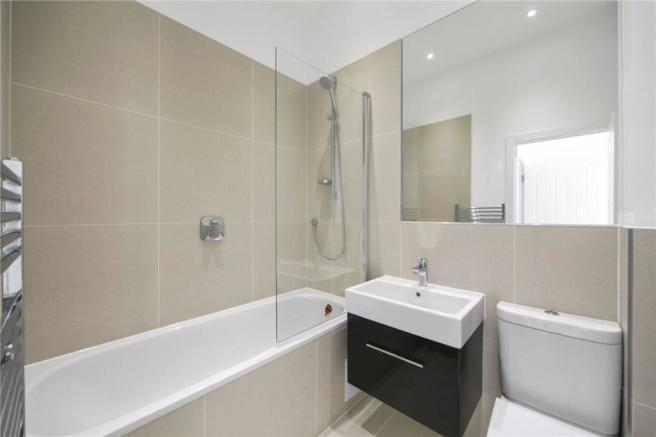 Nw6: Bathroom