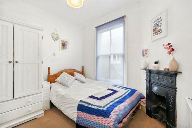 Bedroom: Nw10