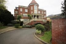 1 bed Penthouse to rent in Village Road, Enfield