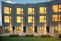 Gunnersbury Mews house to rent