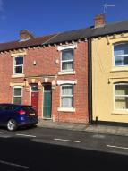 2 bed Terraced home in Maple Street...
