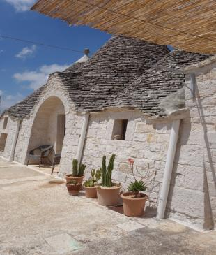 The trullo facade