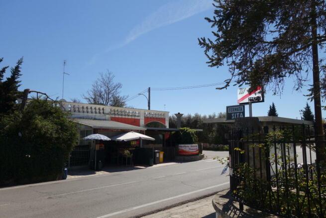 Laureto busstop