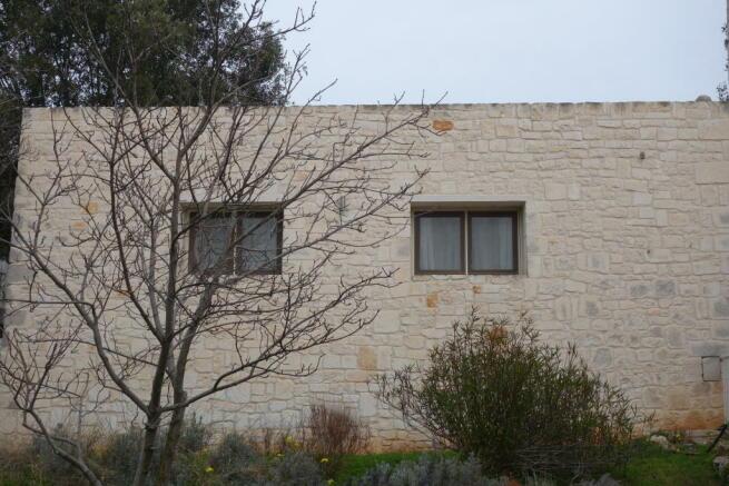 Lamia south facade