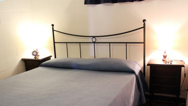 Stabdard bedroom