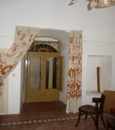 2nd unit living room