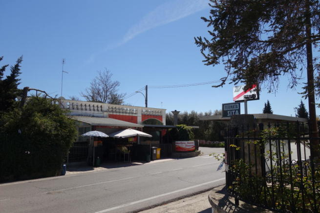 Laureto bus stop
