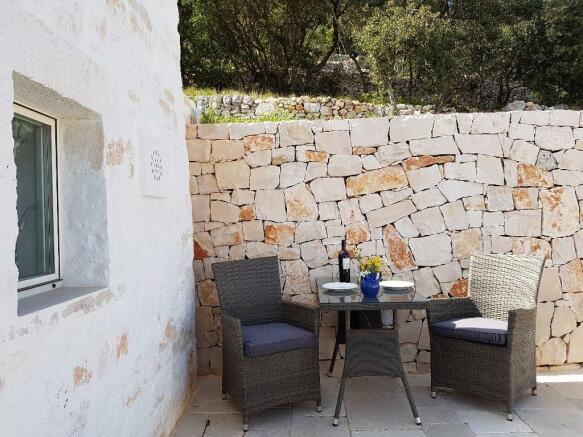 Lamia upper terrace