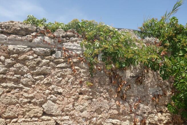 Antique walls