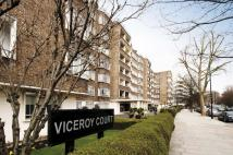 Flat in Viceroy Court...