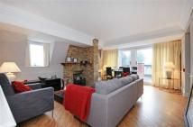 Apartment to rent in Fitzjohn's Avenue...
