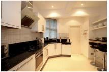 4 bed Apartment in Finchley Road, London...