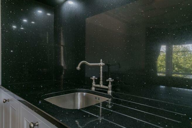 Living/Kitchen E