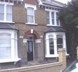 1 bed Ground Flat to rent in Sunny Gardens Road...