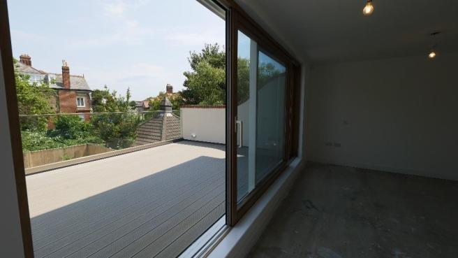 Master-Balcony