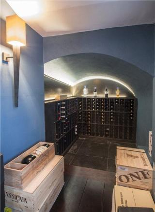 Nw1: Wine Cellar