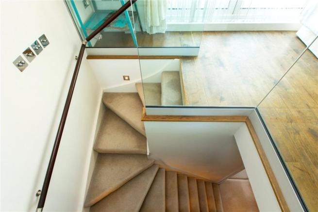 Nw1: Staircase