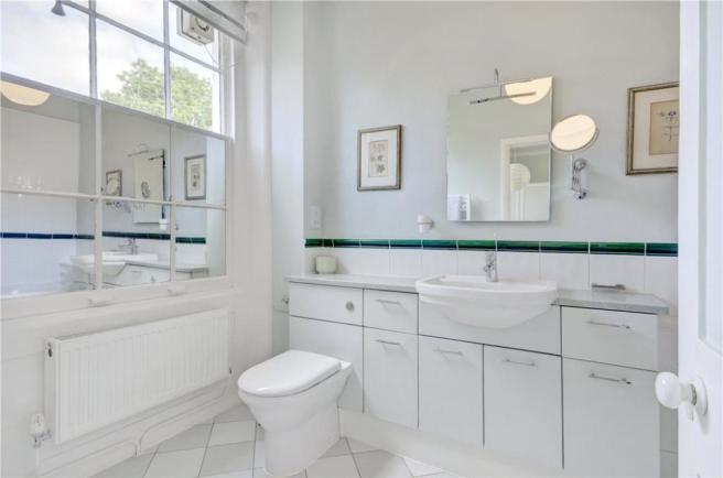 Nw3: Bathroom