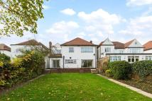 5 bed house in Foscote Road, London