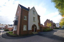 4 bed semi detached property to rent in Fitzgerald Court...