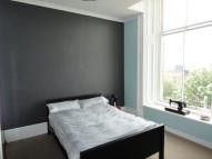 Flat to rent in PARK CIRCUS - Woodlands...