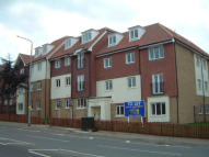 2 bedroom Apartment to rent in Emerson Park, Hornchurch