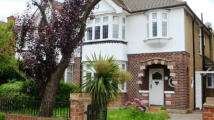 3 bed semi detached home in Kenilworth Gardens...
