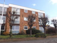 2 bed Flat to rent in Princes Road, Romford...