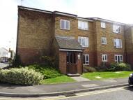 Apartment to rent in Frazer Close, Romford...