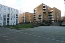 Apartment to rent in Augustine House...