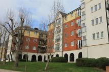 2 bed Apartment in Long Acre House...