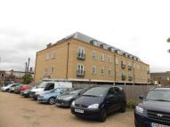 2 bedroom Flat for sale in Woodlands Road, Wickford...