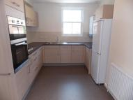 Apartment to rent in The Broadway, Wickford...