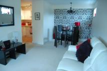 2 bed Flat for sale in Saffron Drive, Wickford...
