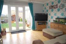 2 bedroom End of Terrace house in Galt Close, Wickford...