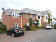 2 bedroom Ground Flat to rent in The Approach, Rayleigh...