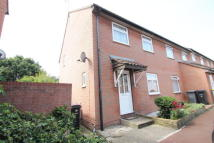 3 bed End of Terrace property for sale in Bardfield Way, Rayleigh...