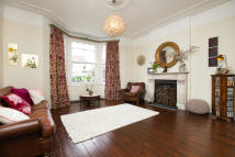 End of Terrace home to rent in Chevening Road, London...