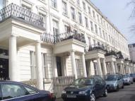 Flat in Clifton Gardens, London