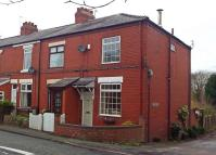2 bedroom End of Terrace house in Knutsford Road...