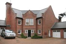 5 bed Detached property to rent in Bretland Drive, Appleton...