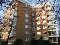 Apartment to rent in West Overcliff