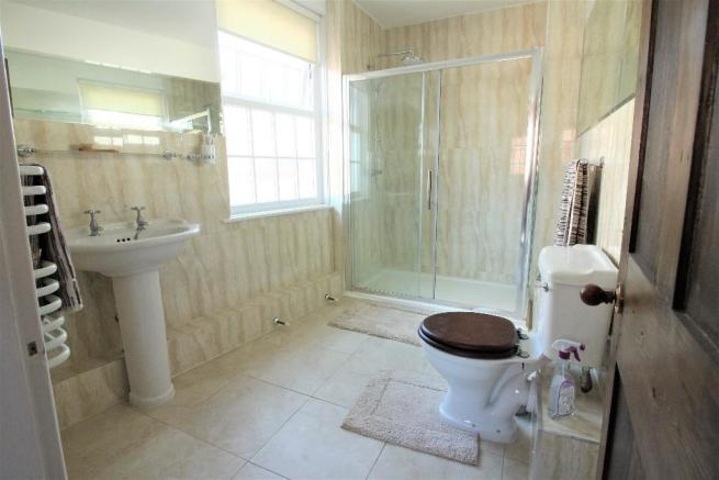 2nd Floor Shower