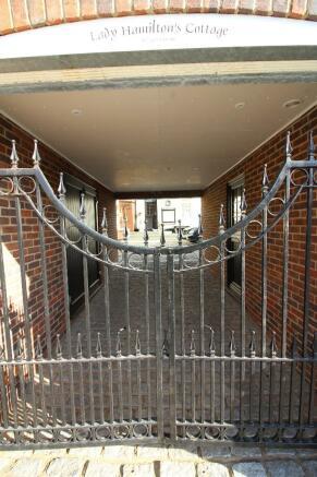 Gate Hse Undercroft