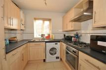 Maisonette in Dudley Road, Ashford...