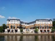 2 bedroom Apartment in Thames Edge Court...