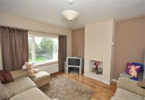 2 bed Flat in Station Crescent...