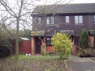 Deans Court End of Terrace house to rent