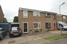 3 bed semi detached property in Henders, Stony Stratford...