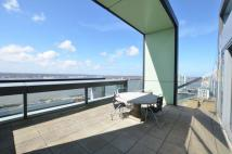 3 bed Flat in 3 Rumford Place...